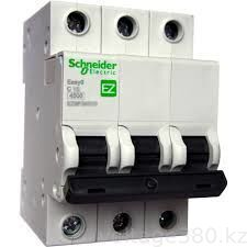 Автомат  EZ9 ВА (3ф) 40А Schneider Electric